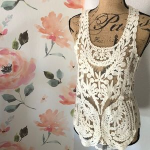Tops - Lovely cream embroidered top